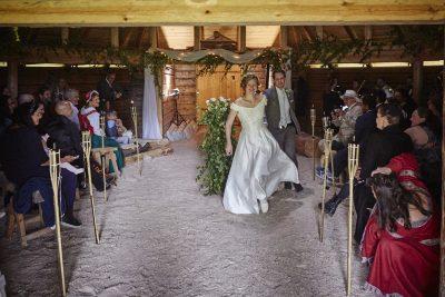 Bröllopsfest i Örnnästet, eldpallkojan i Skästra Byaförening